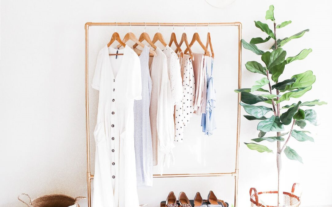 Let's edit and organise your wardrobe.